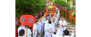 貴船祭り 日本三大船祭り。真鶴岩カキ養殖プロジェクト