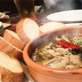 鶴宝の美味しい食べ方「カキのアヒージョ」